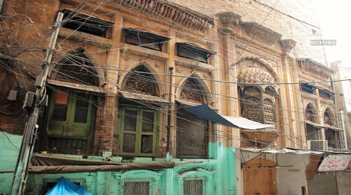 Case filed against govt official for demolishing antique building in Peshawar