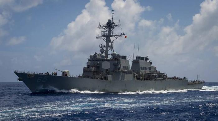 US warships sail through Taiwan Strait