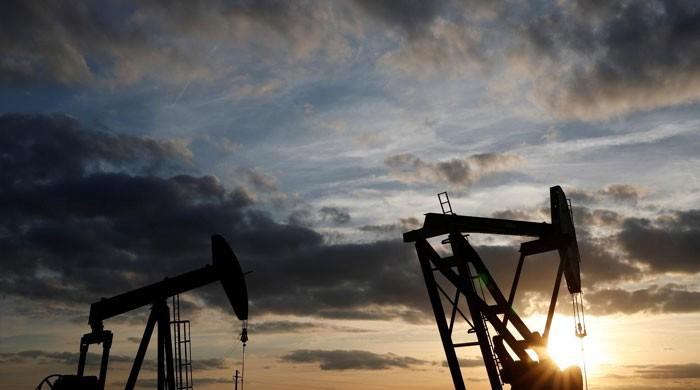 Oil slumps 5pc on Wall St tumble, Saudi supply assurances