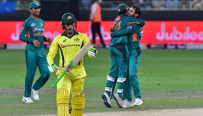 Pakistan cruise to series whitewash over Australia