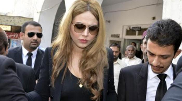 Currency smuggling case: Model Ayyan Ali announces return to Pakistan soon