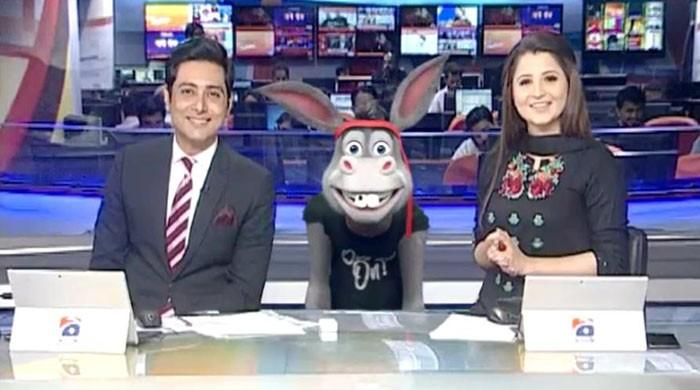The Donkey King visits Geo News studio
