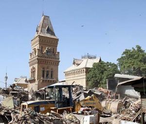 Over 1,000 shops razed in Karachi's anti-encroachment drive