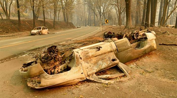 Only 30 percent of California wildfires contained: Cal Fire