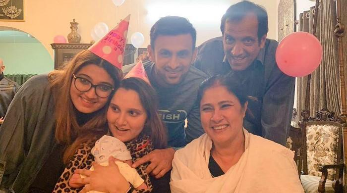 Sania Mirza glows in birthday picture with Shoaib, little Azhaan