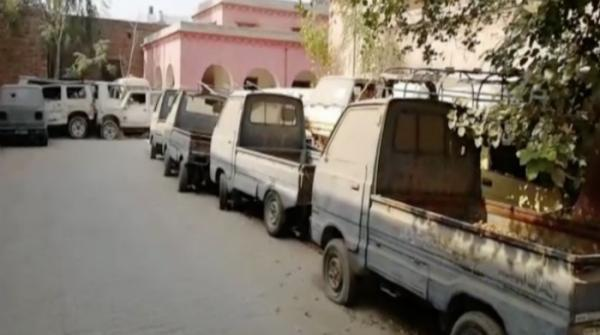 Muzaffargarh health dept a graveyard of cars