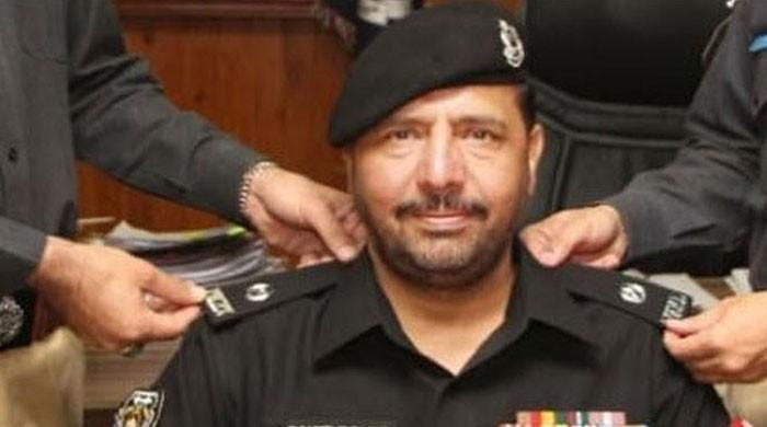 KP announces financial compensation for martyred SP Dawar's heirs