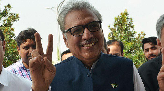Have taken many 'U-turns' in my life: President Alvi