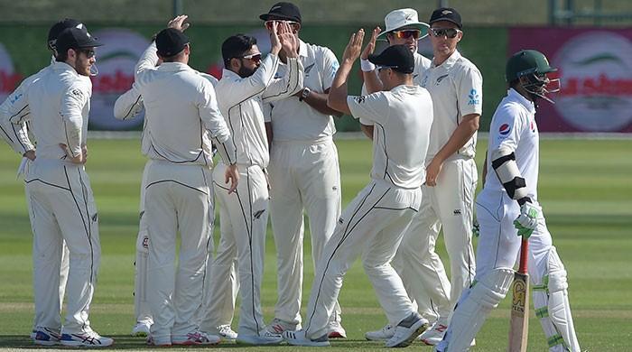 Pakistan fall short as NZ win Abu Dhabi thriller