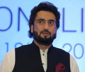 Shehryar Afridi makes Twitter gaffe as he mistakes girl for SP Dawar's daughter