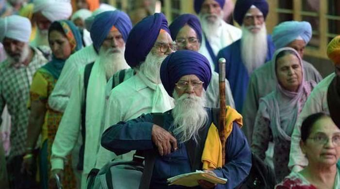 Pakistan welcomes Sikh pilgrims on Baba Guru Nanak's birth anniversary