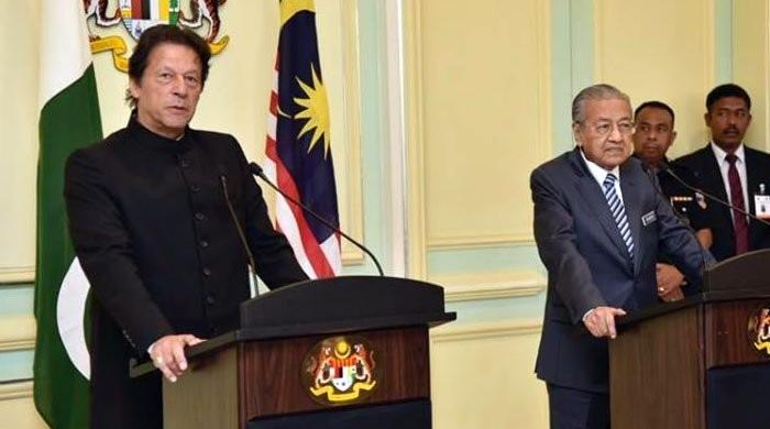Pakistan wants to learn from Malaysia and its leadership: PM Imran