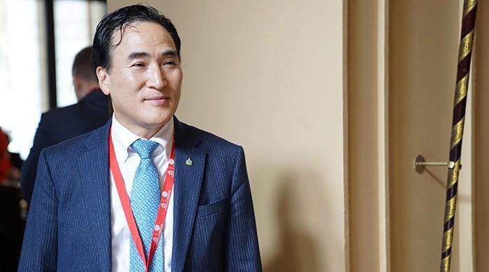Interpol picks S.Korea's Kim as president over Russian rival