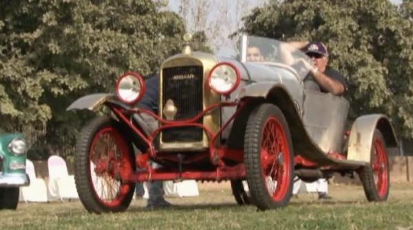 Vintage car rally reach Peshawar