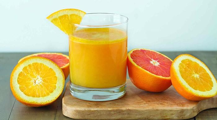 Drinking orange juice reduces dementia risk by almost 50 per cent: study