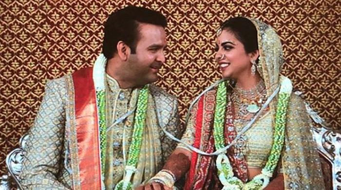 Bollywood, politicians descend on Mumbai for Ambani wedding
