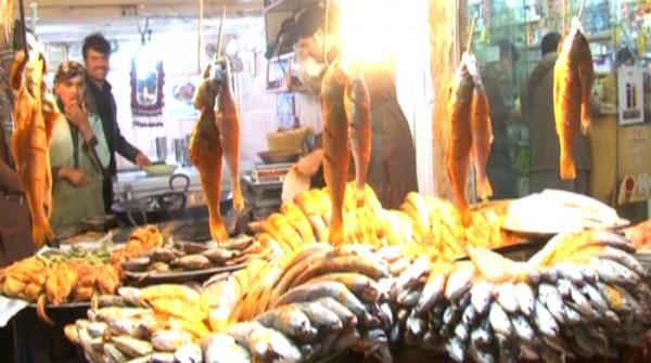 Fried fish a favourite among Quetta residents as weather turns chilly