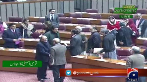 Zardari, Shehbaz exchange views on political situation of country