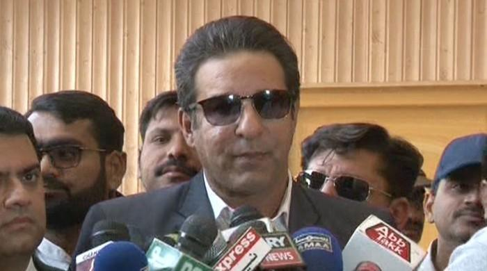 No Imran Khan, Javed Miandad waiting to replace Sarfraz: Wasim Akram