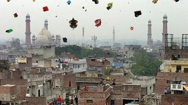 Punjab decides to lift ban on Basant celebrations