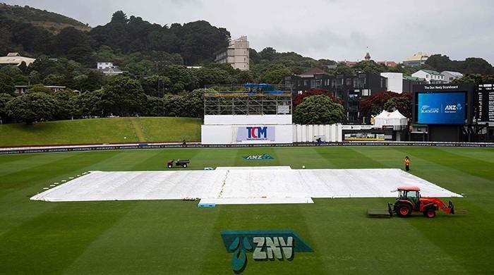 Sri Lanka battle to rain-hit draw in first Test against New Zealand
