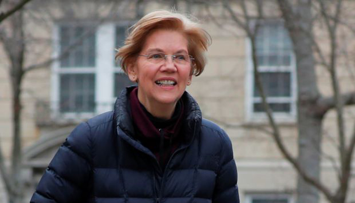 Senator Warren challenges Trump for 2020