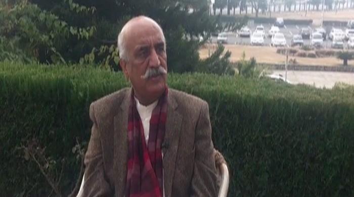 Government lacks capability and policy, says Khursheed Shah