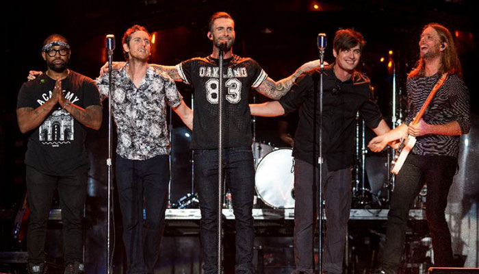 Maroon 5 & Travis Scott Officially Confirmed as Super Bowl 2019 Headliners
