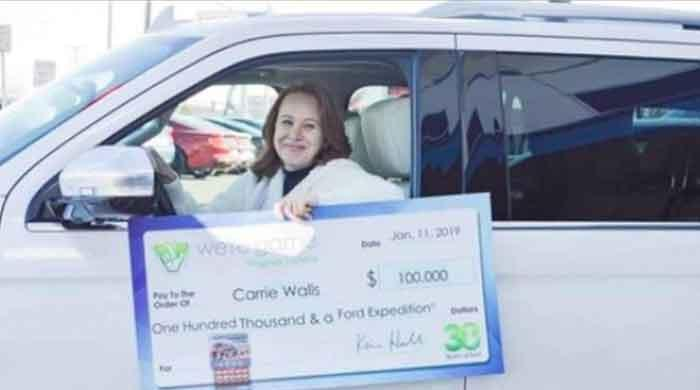 Wife of unpaid federal employee wins $100,000 on lottery
