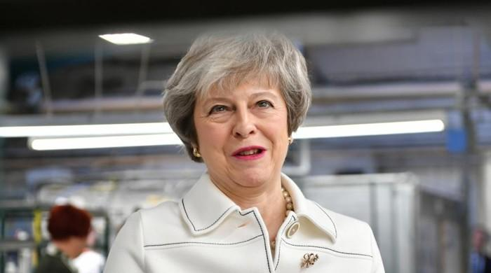 How will vote of no confidence against May work?