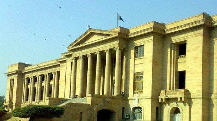 SHC directs NAB to submit details of ongoing inquiries in Karachi, Hyderabad and Sukkur