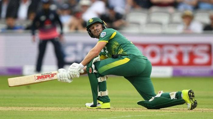 De Villiers says 'time is right' to play in Pakistan