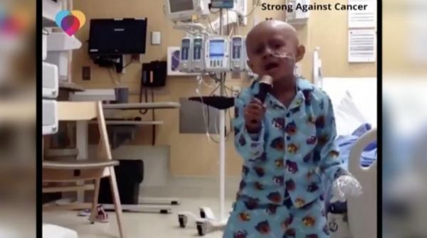 Five-year-old cancer patient dances to Michael Jackson's songs