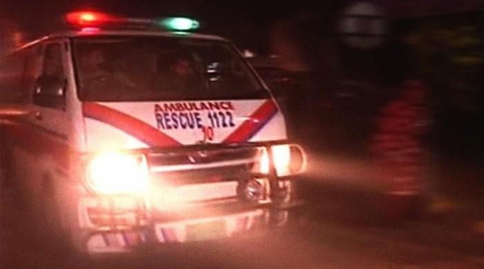Three dead, one critically wounded in high-speed crash in Faisalabad