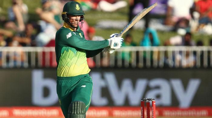 Van der Dussen, Phehlukwayo take South Africa to five-wicket win