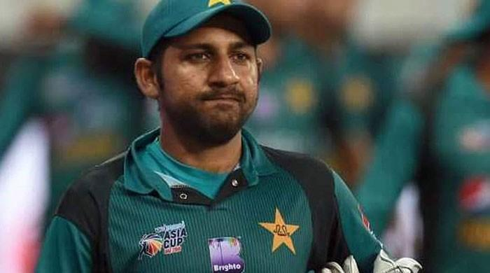 On-field taunt could land Sarfraz Ahmed in hot waters