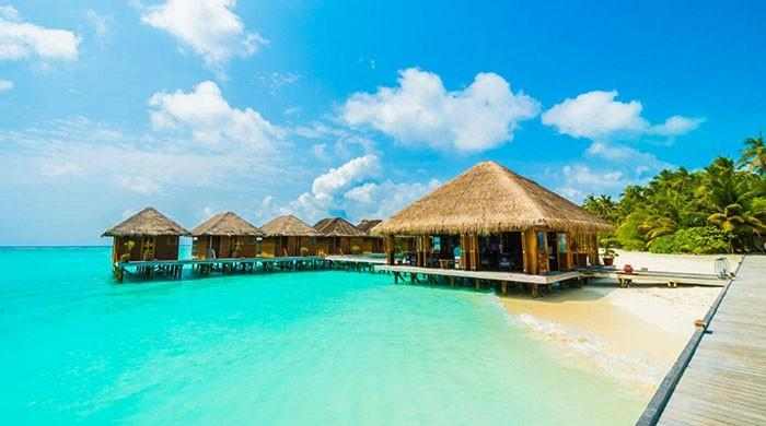 Maldives issues warning amid spike in tourist drownings