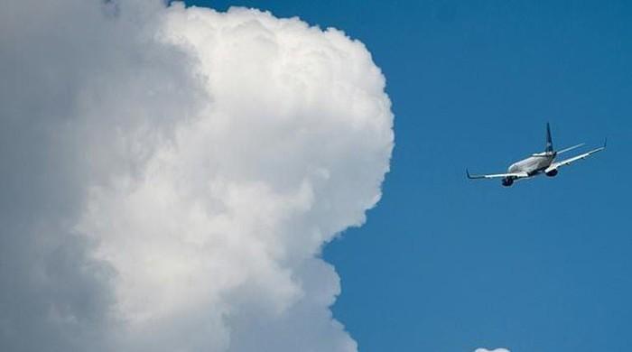 Drone disrupts air traffic into Newark