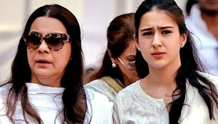 Sara Ali Khan Reveals Why Her Mother Amrita Singh Wont Work With