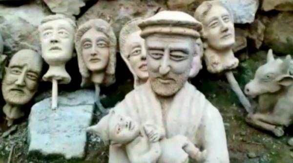Swabi artist designing sculptures for over 50 years