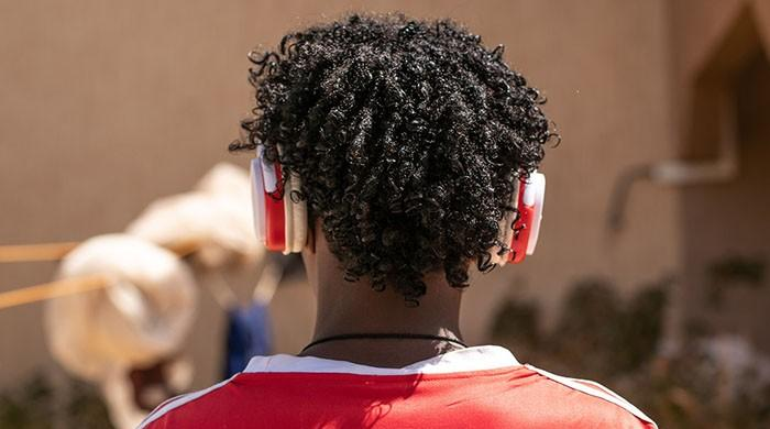 WHO warns of hearing loss risk for 1 billion young people