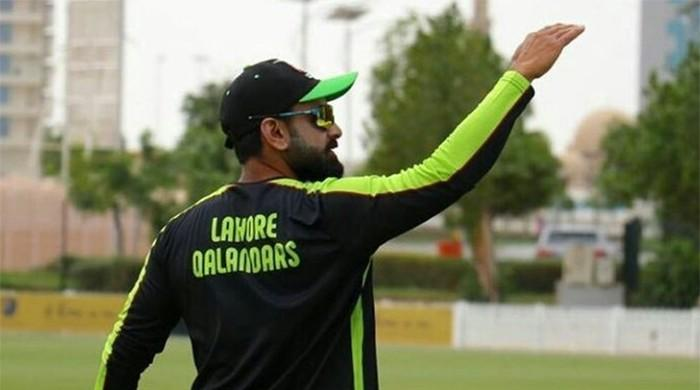 Mohammad Hafeez out of action, AB de Villiers to lead Qalandars