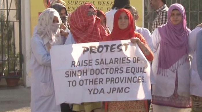 Sindh government to initiate legal action against striking doctors