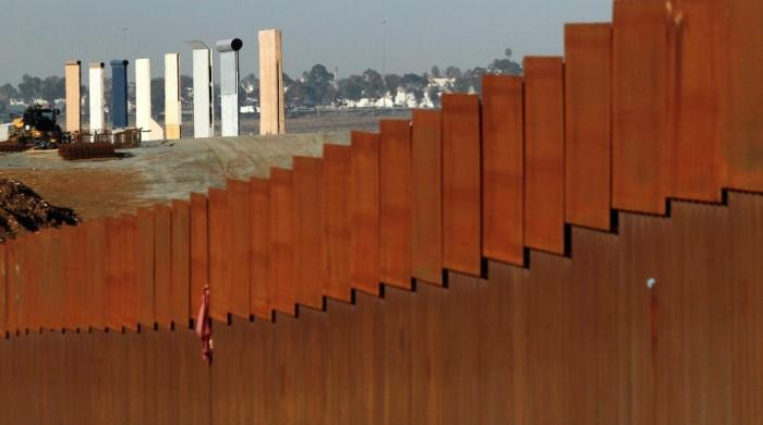 California tells US President Trump lawsuit over wall 'imminent'