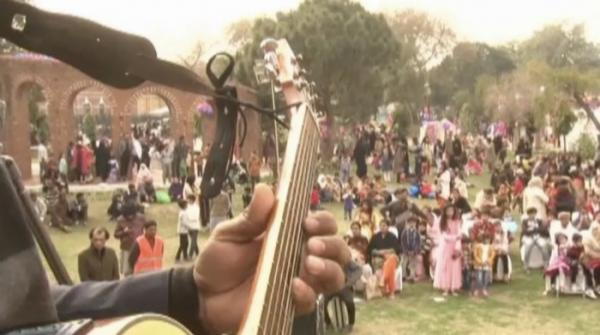 Young talent shows off skills at Lahore's music festival