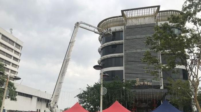 Six dead in Malaysia karaoke fire