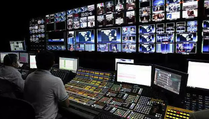 Indian govt sends notices to TV channels for airing Pakistan