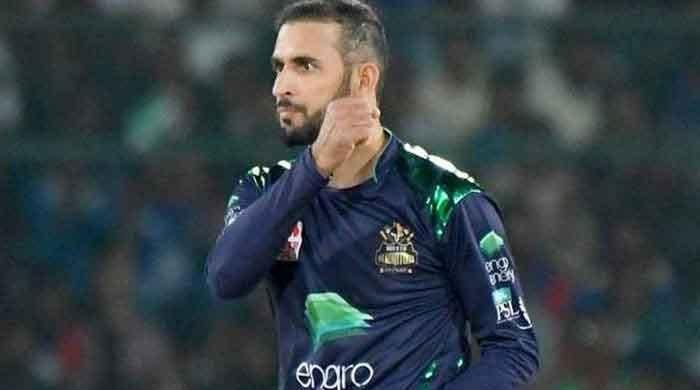 Gladiators spinner Fawad Ahmed to undergo gum surgery after nasty blow