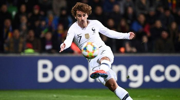 Griezmann stars as France hammer Moldova in their Euro qualifying campaign