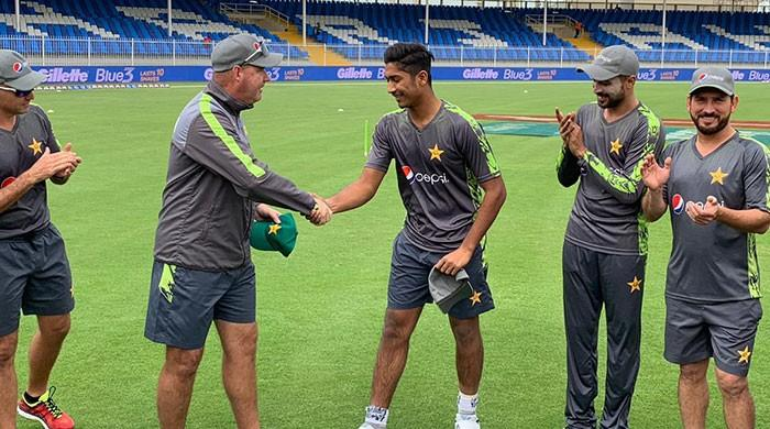 Hasnain debuts as Pakistan opt to bat against Australia in second ODI